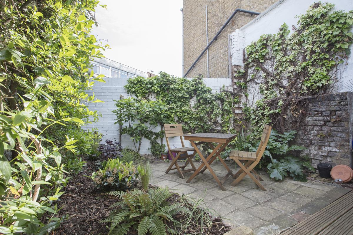 House - Terraced Sale Agreed in Southampton Way, Camberwell, SE5 447 view18