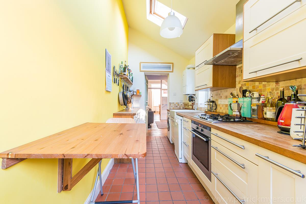 House - Terraced Sale Agreed in Southampton Way, Camberwell, SE5 447 view11