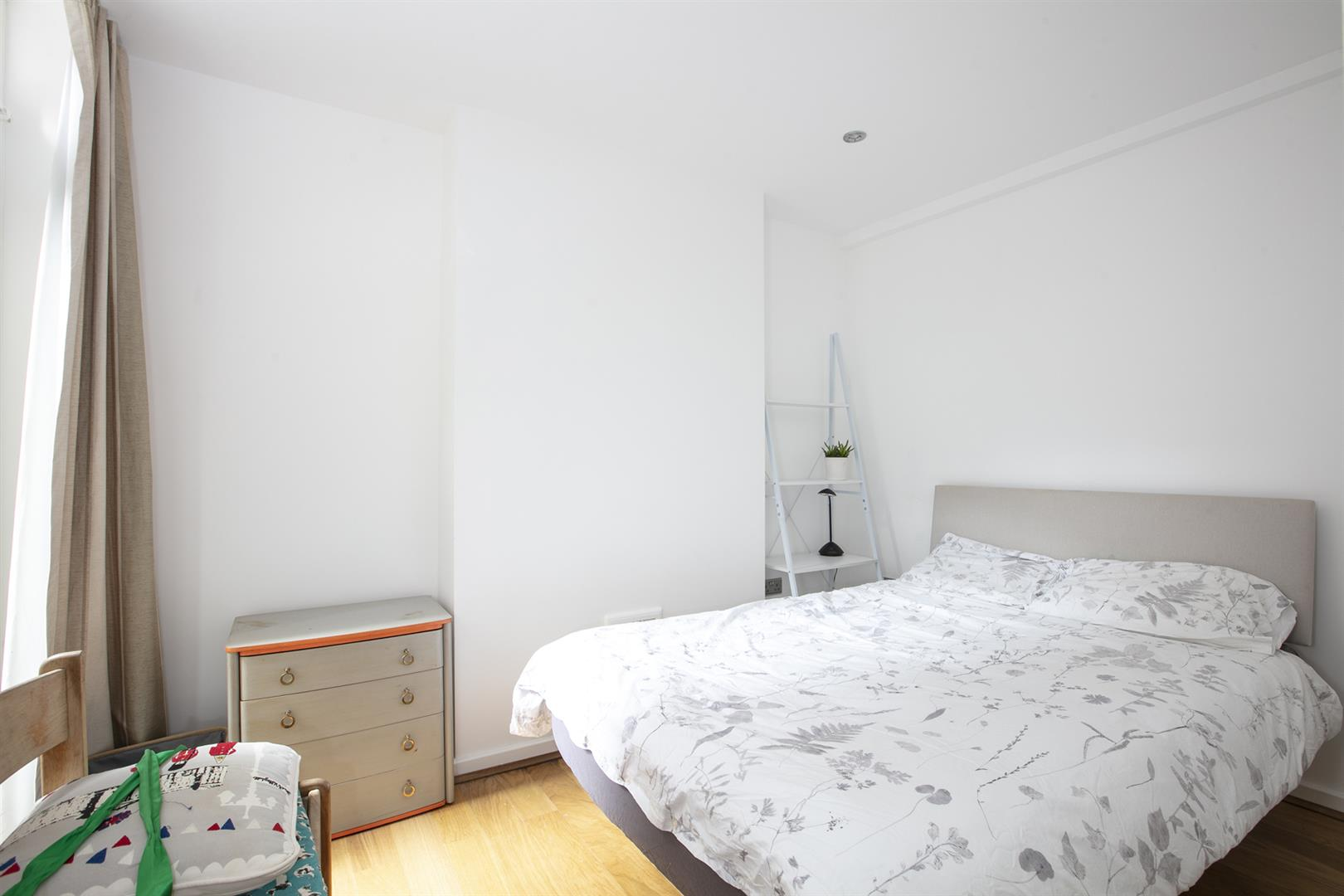 Flat/Apartment Sale Agreed in Southwell Road, Camberwell, SE5 696 view11