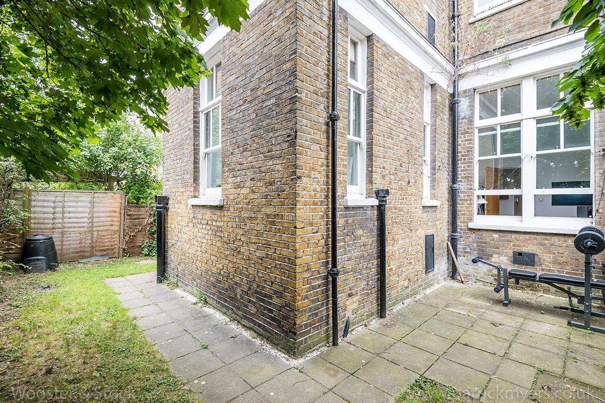 Flat - Conversion Sale Agreed in St. Giles Road, Camberwell, SE5 470 view9
