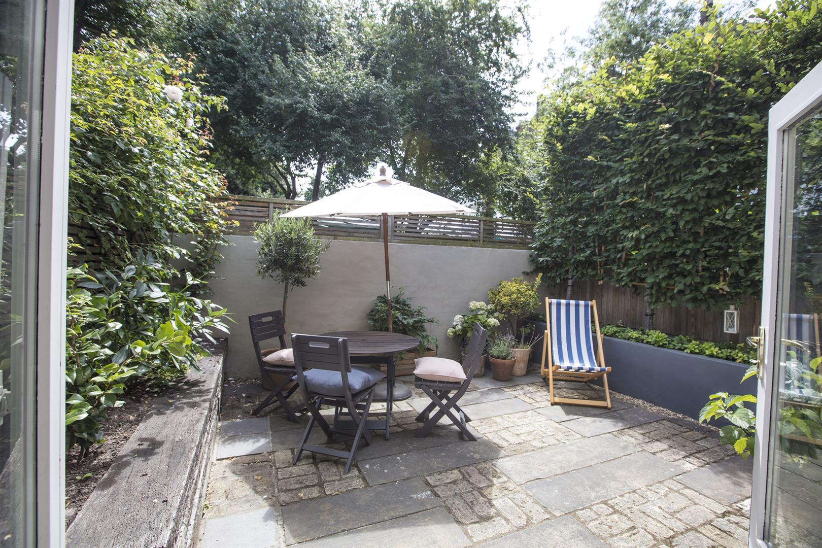 House - Terraced Sale Agreed in Talfourd Place, Peckham, SE15 638 view4
