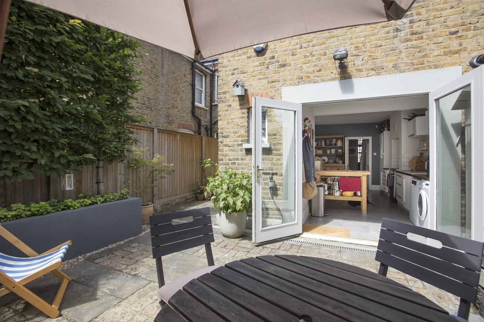 House - Terraced Sale Agreed in Talfourd Place, Peckham, SE15 638 view8