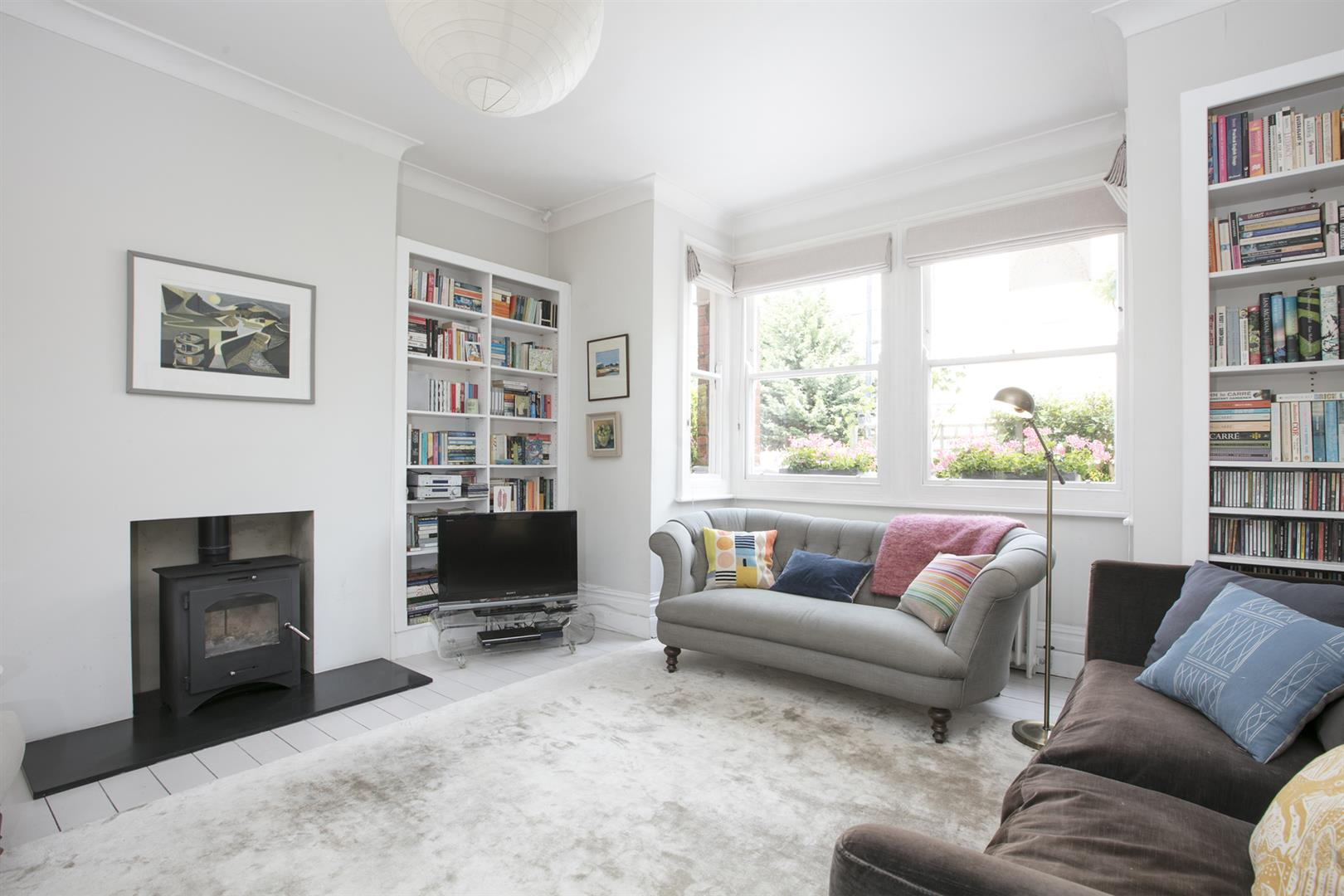 House - Terraced Sale Agreed in Talfourd Place, Peckham, SE15 638 view3