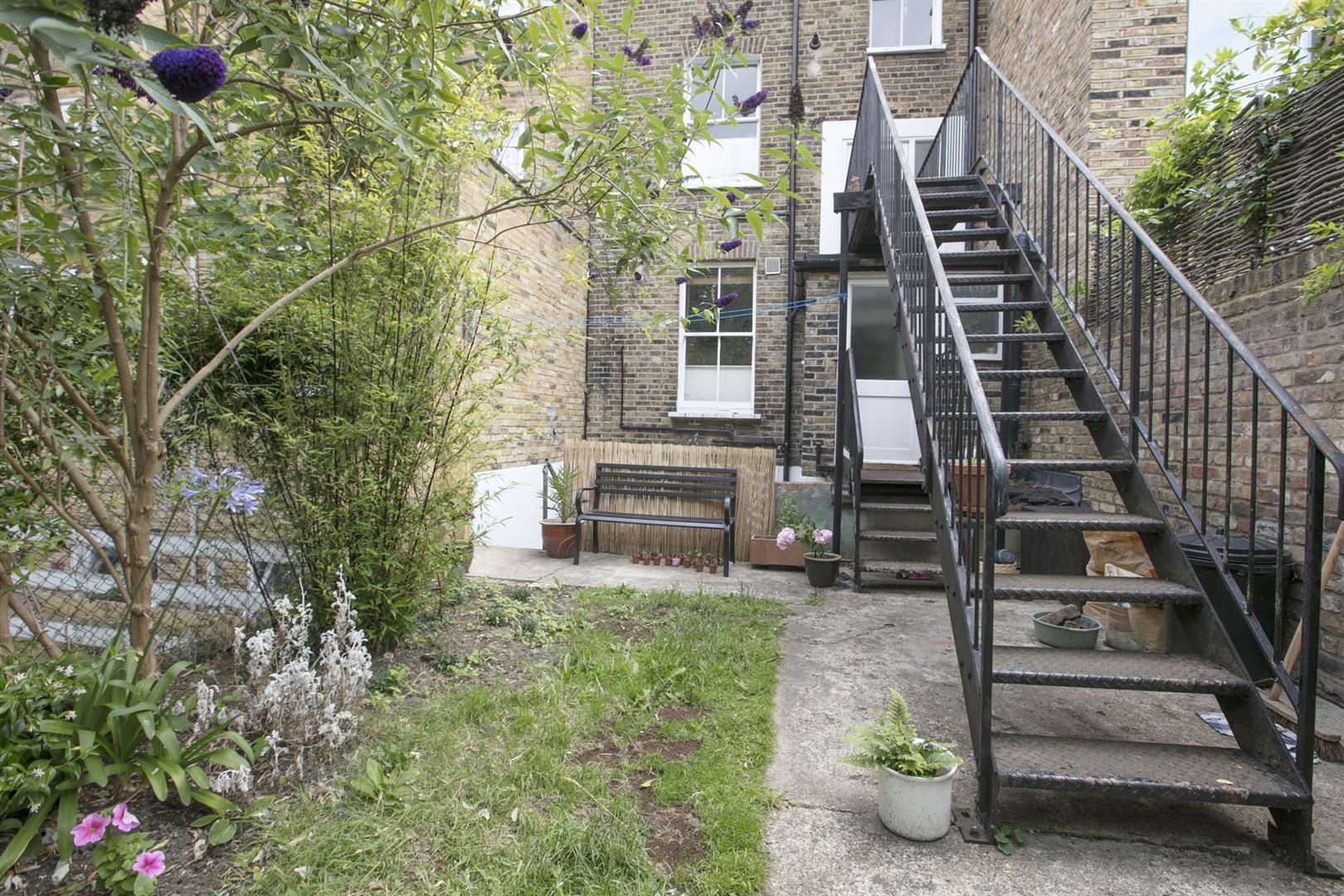 Flat - Conversion Sale Agreed in Talfourd Road, London 643 view11