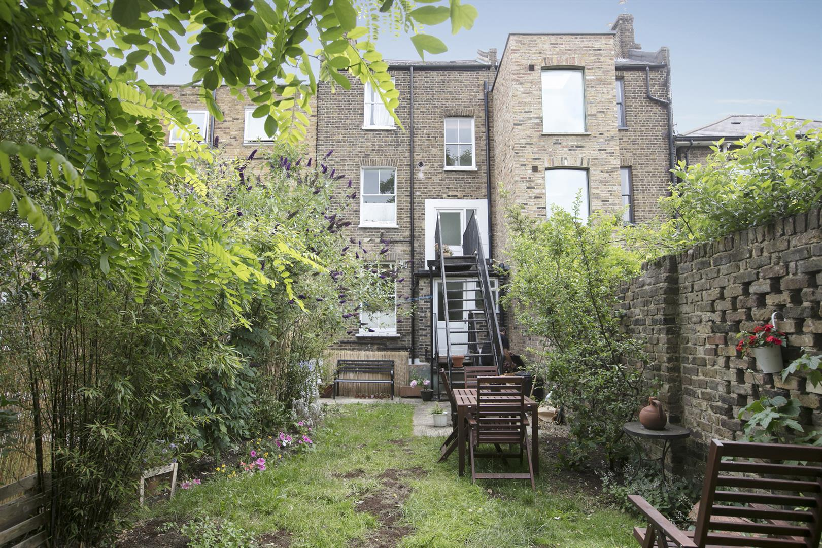Flat - Conversion Sale Agreed in Talfourd Road, London 643 view4