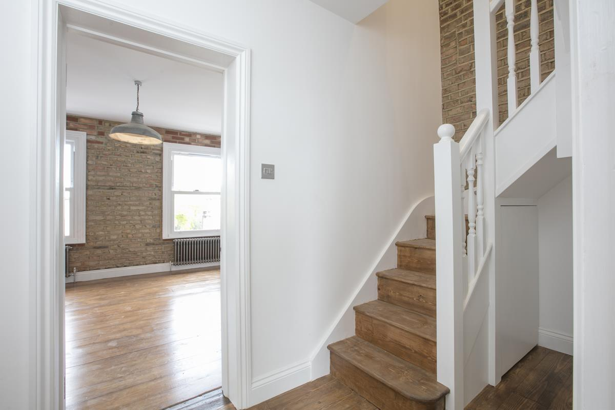 Flat/Apartment For Sale in Talfourd Road, Peckham, SE15 558 view5