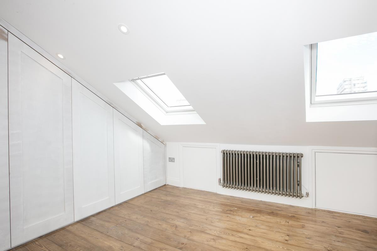 Flat/Apartment For Sale in Talfourd Road, Peckham, SE15 558 view11