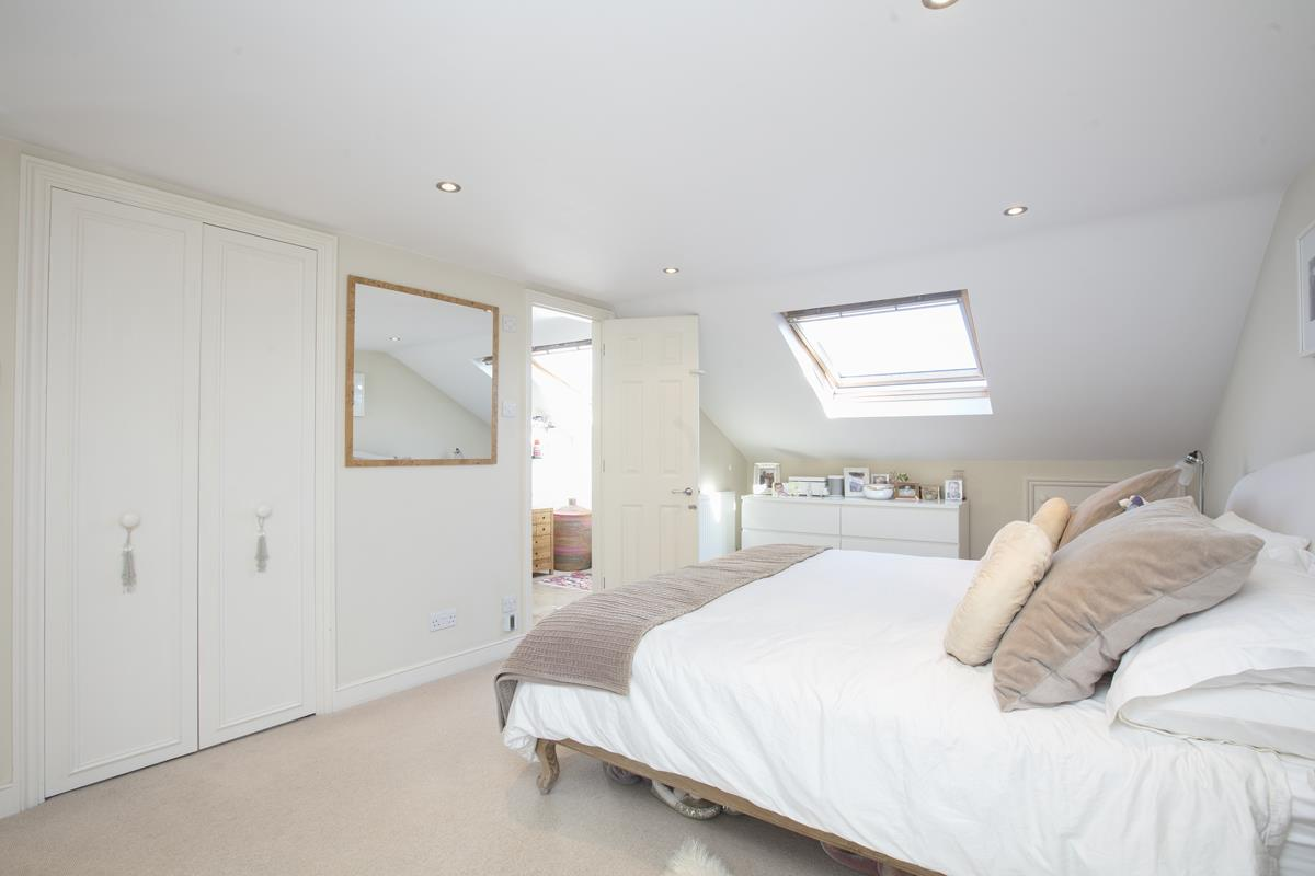 House - End Terrace For Sale in Tresco Road, Nunhead, SE15 673 view30
