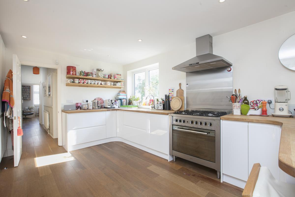 House - End Terrace For Sale in Tresco Road, Nunhead, SE15 673 view12