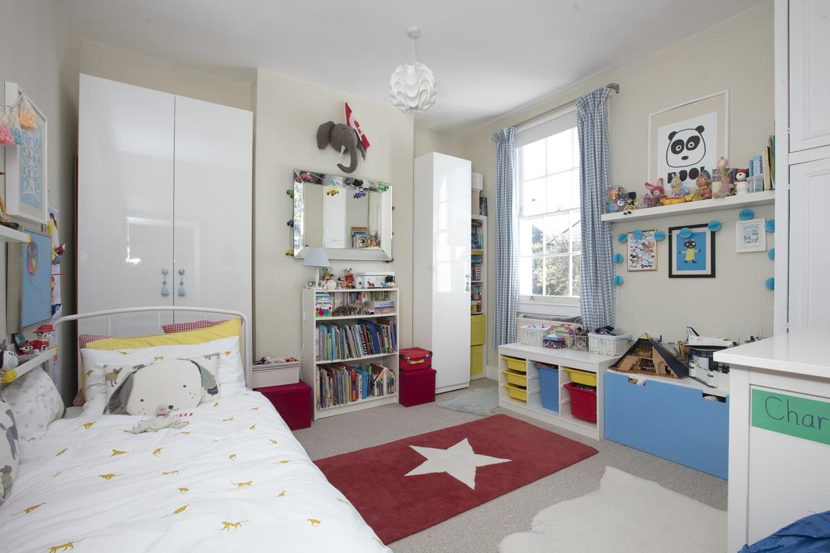 House - End Terrace For Sale in Tresco Road, Nunhead, SE15 673 view23
