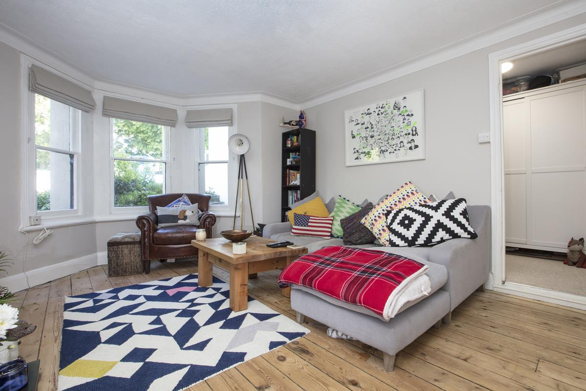 Flat/Apartment For Sale in Underhill Road, East Dulwich, SE22 446 view4