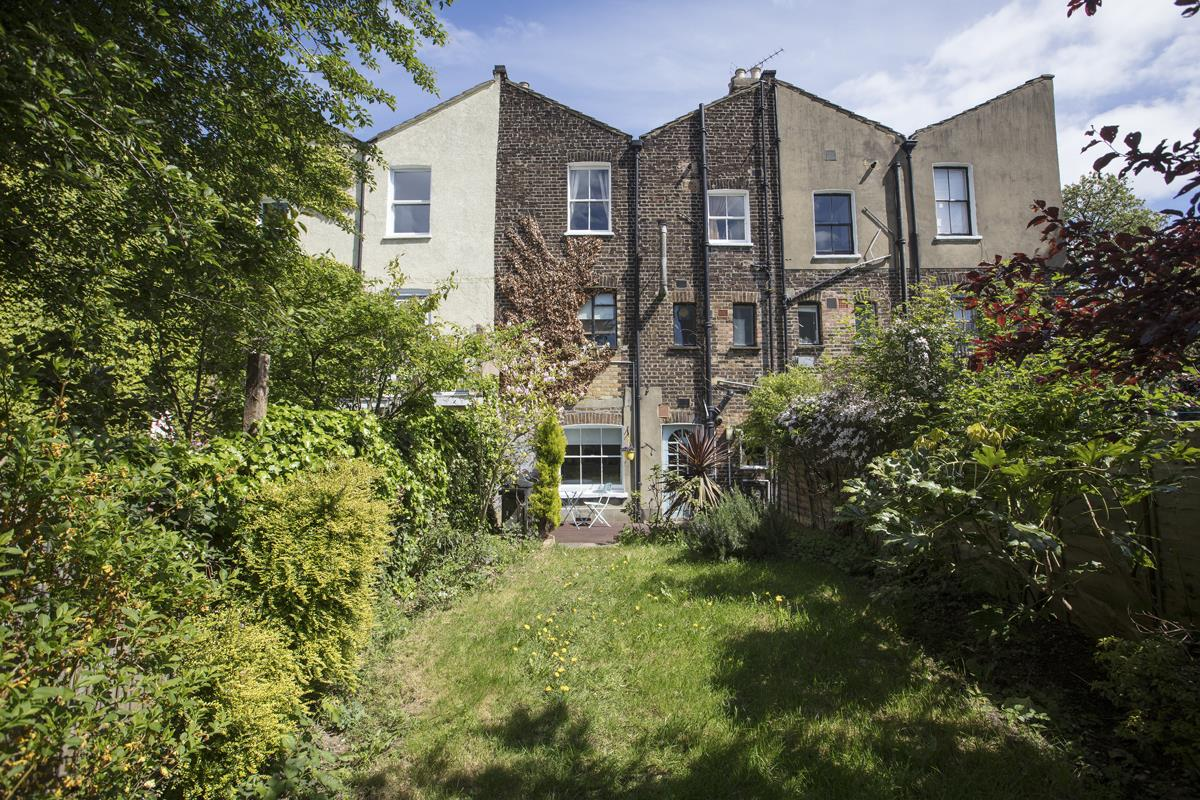 Flat/Apartment For Sale in Underhill Road, East Dulwich, SE22 446 view13