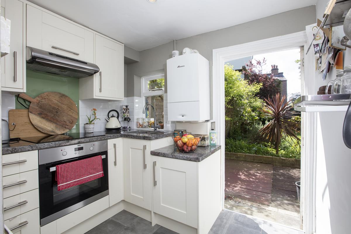 Flat/Apartment For Sale in Underhill Road, East Dulwich, SE22 446 view6