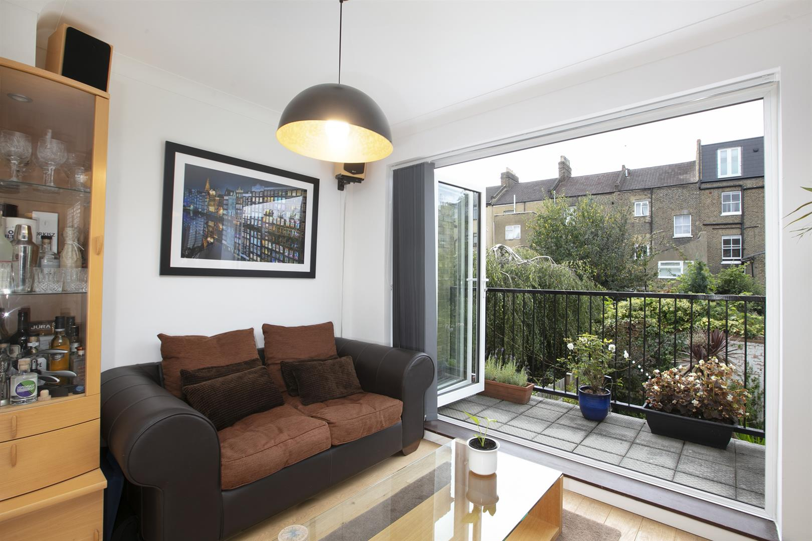 House - Terraced Sale Agreed in Vestry Mews, Camberwell, SE5 712 view11