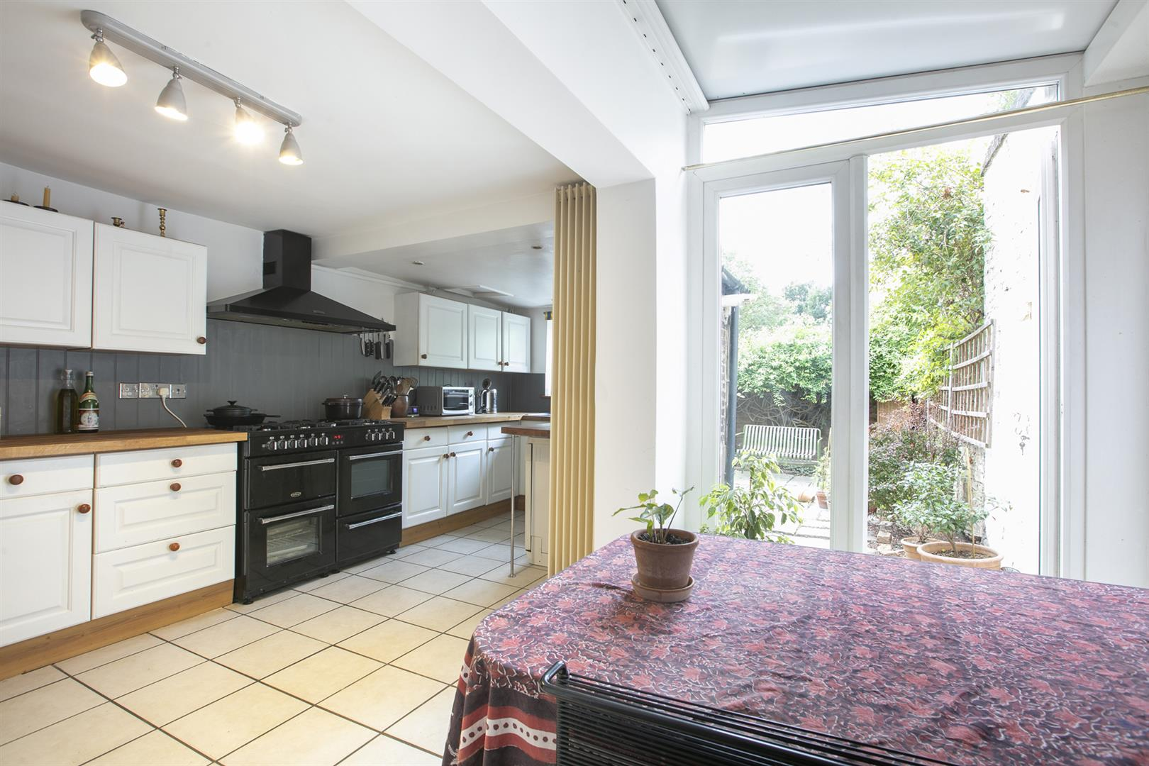 House - Terraced Sold in Vestry Road, Camberwell, SE5 687 view6