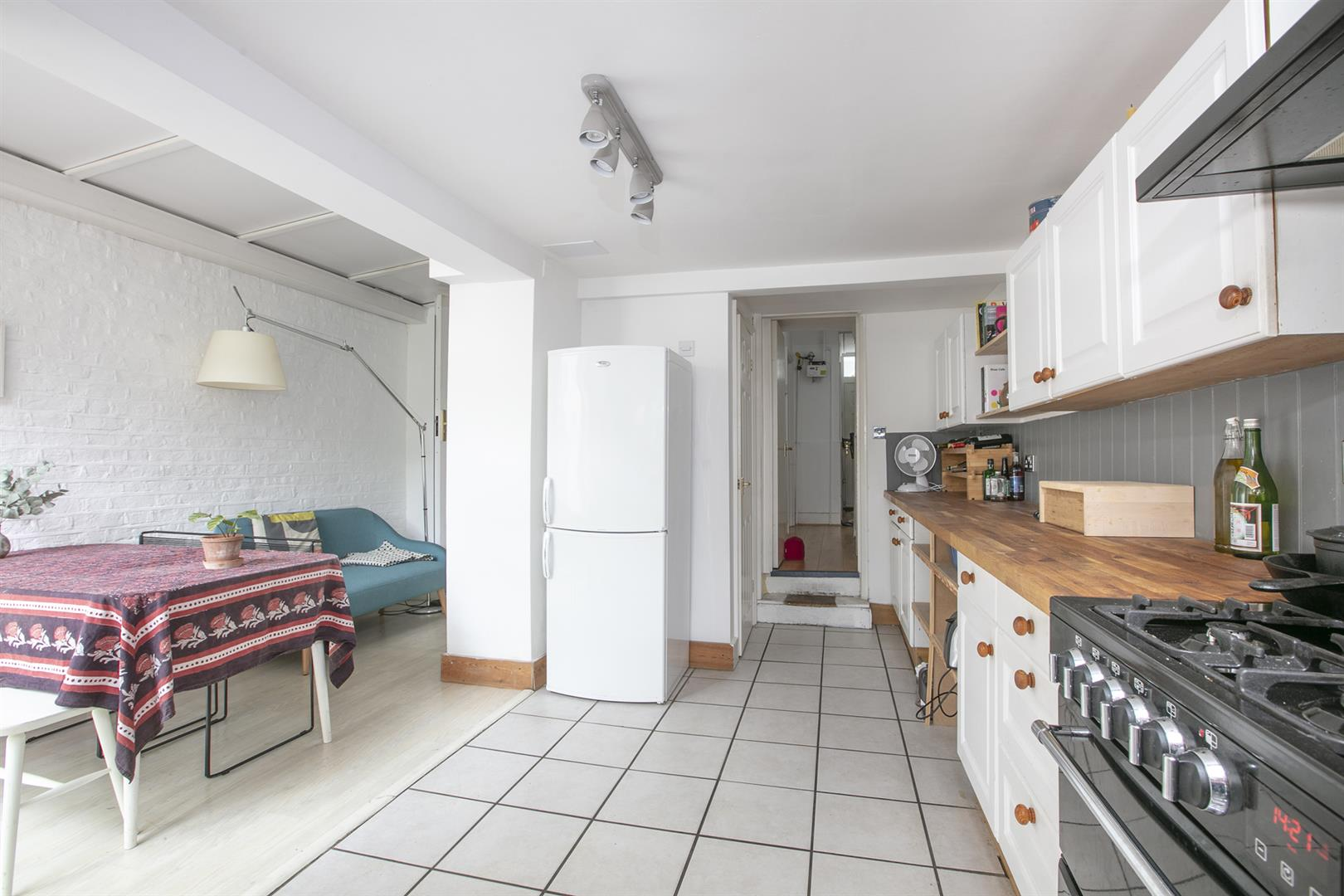House - Terraced Sold in Vestry Road, Camberwell, SE5 687 view10