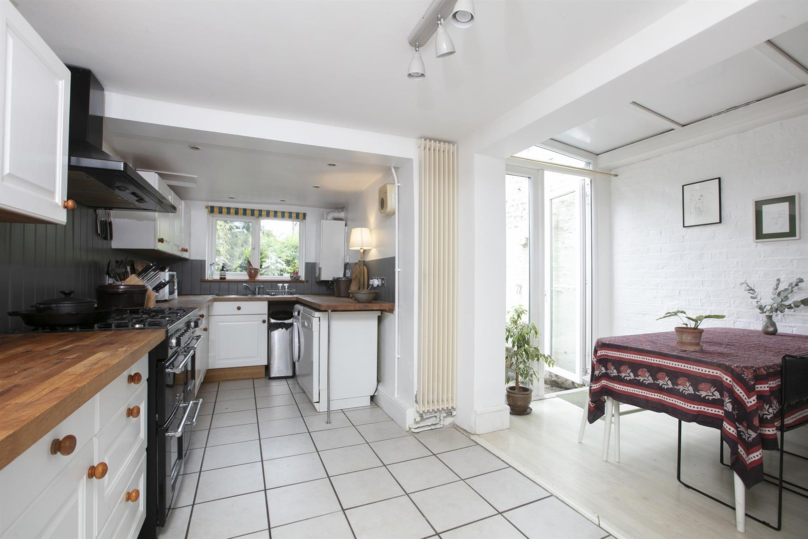 House - Terraced Sold in Vestry Road, Camberwell, SE5 687 view7