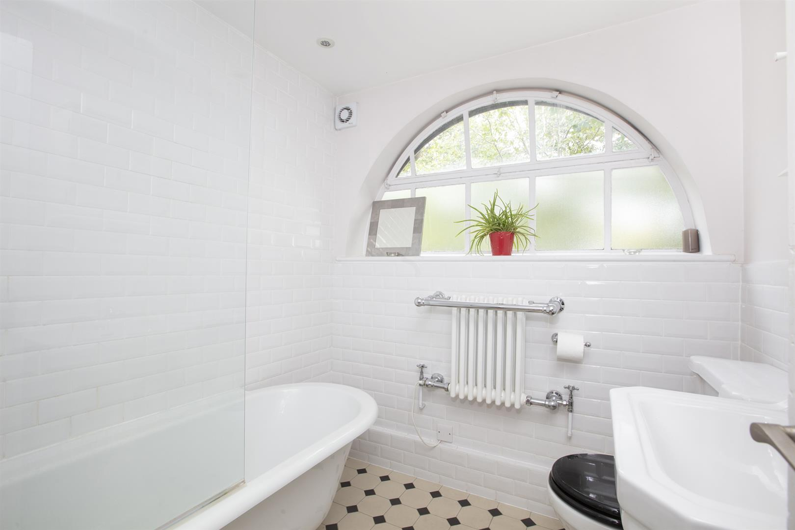 Flat - Conversion For Sale in Vestry Road, Camberwell, SE5 693 view12