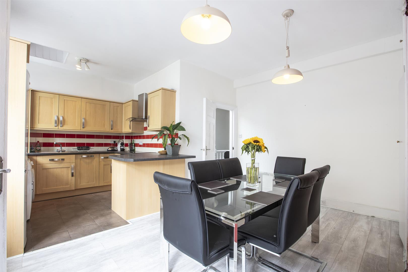 Flat - Conversion For Sale in Vestry Road, Camberwell, SE5 693 view7