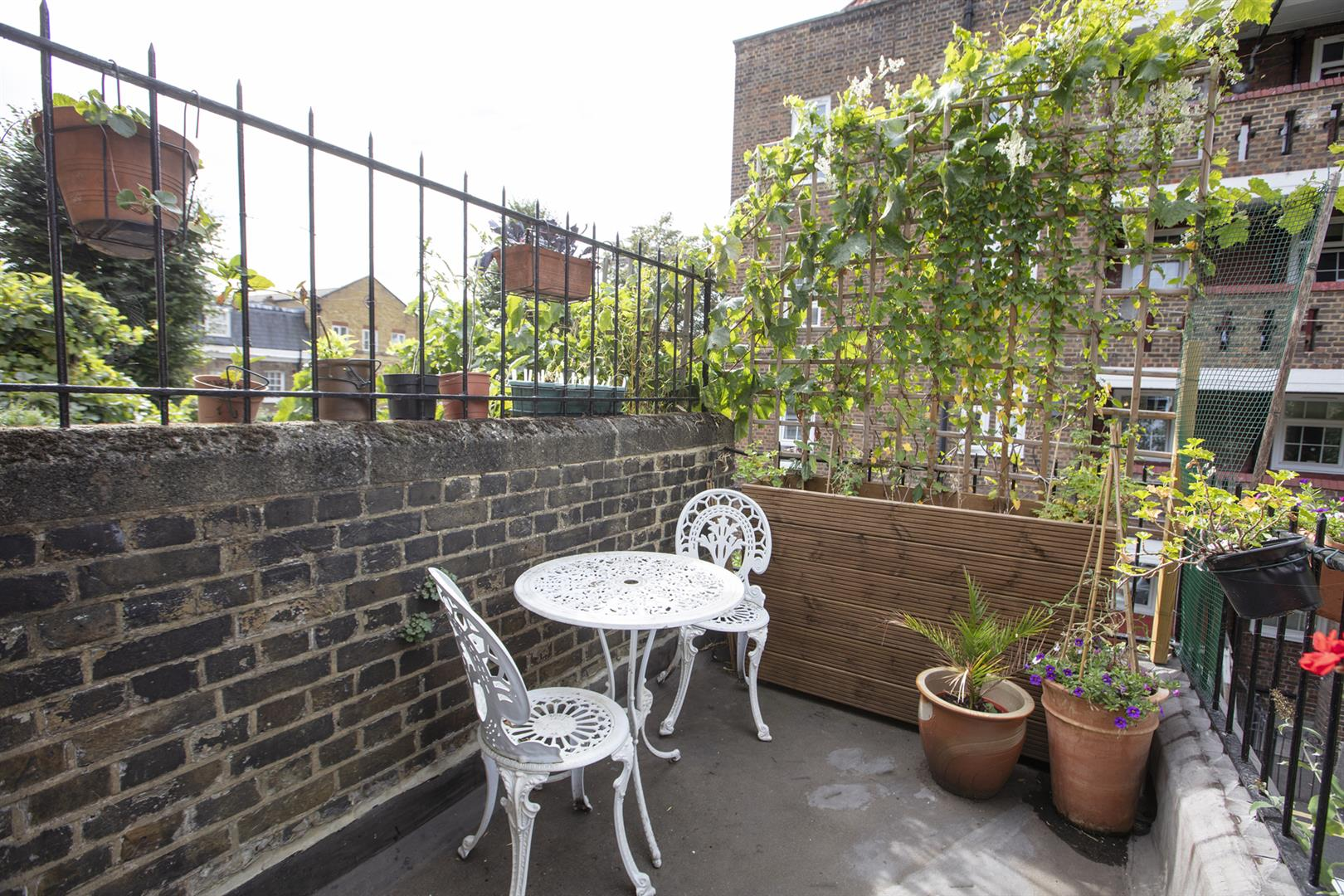 Flat - Conversion For Sale in Vestry Road, Camberwell, SE5 693 view4