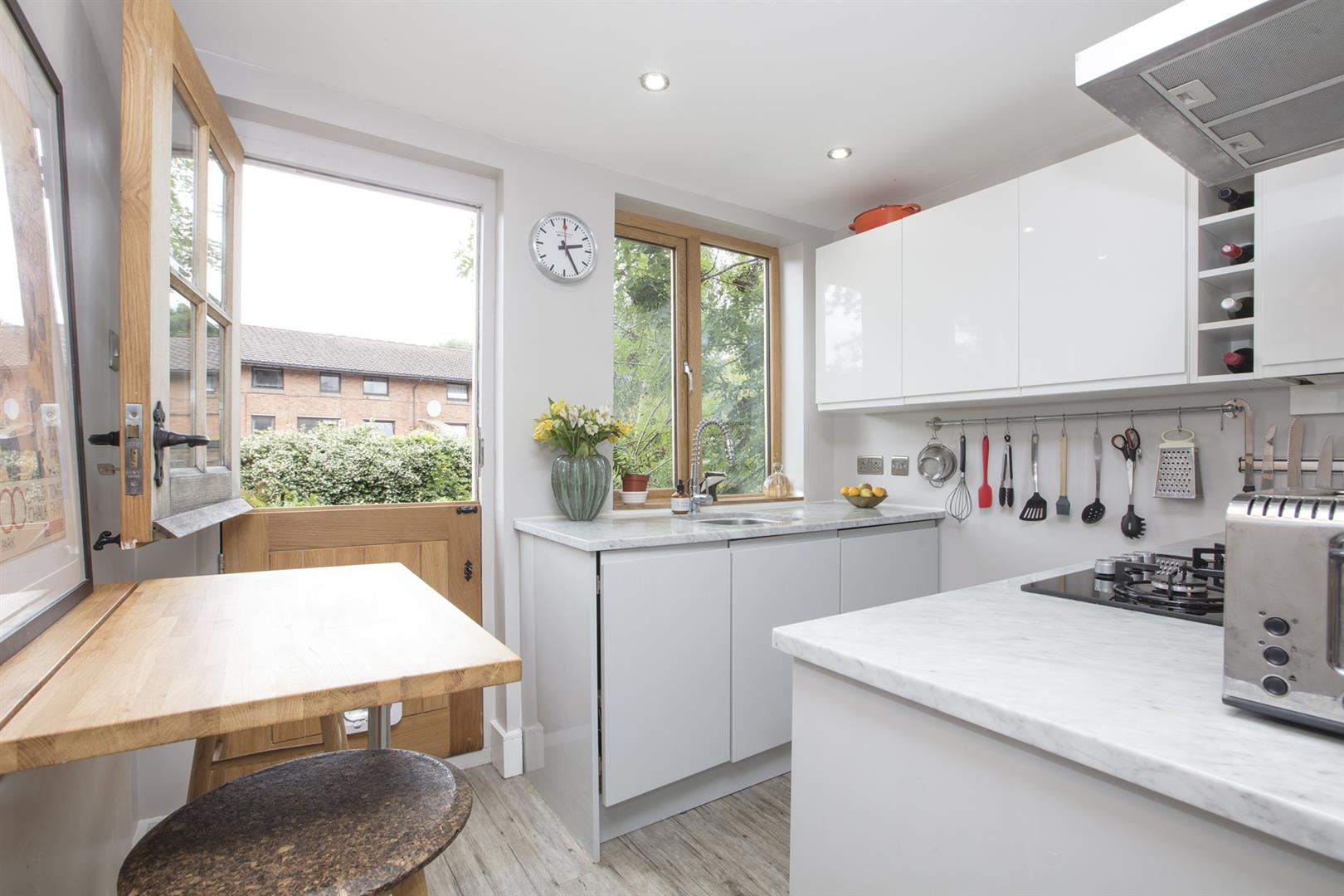 Flat - Conversion Sale Agreed in Vicarage Grove, Camberwell, SE5 644 view6