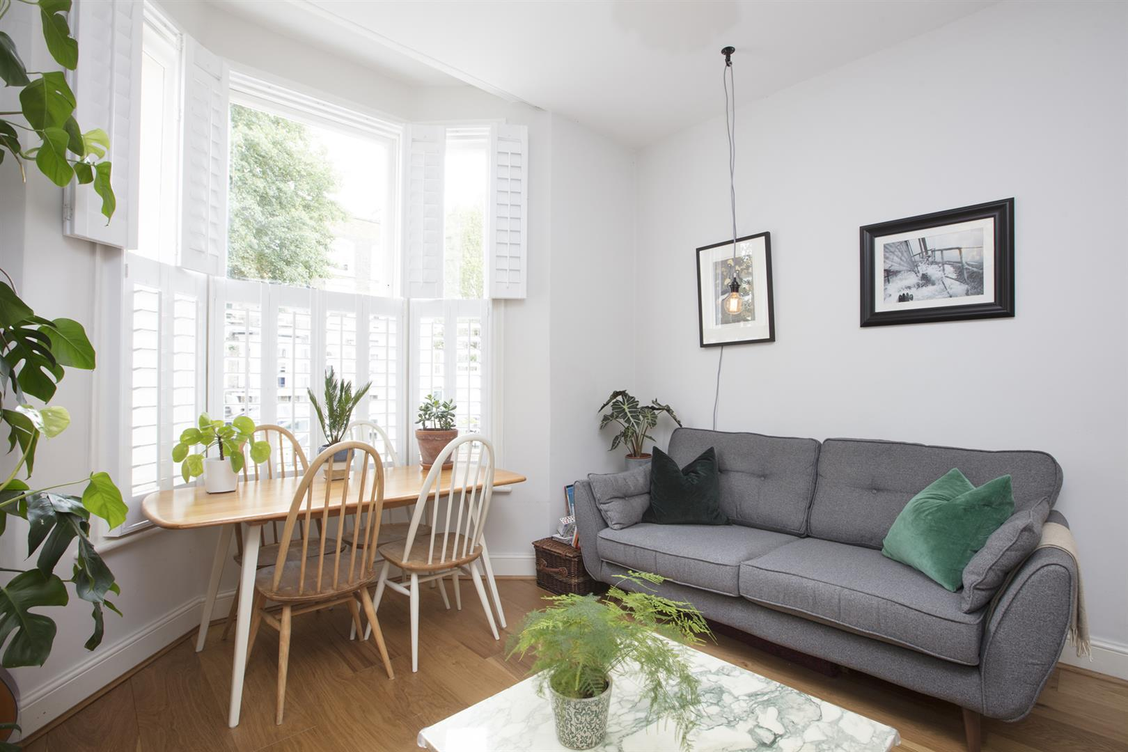 Flat - Conversion Sale Agreed in Vicarage Grove, Camberwell, SE5 644 view3