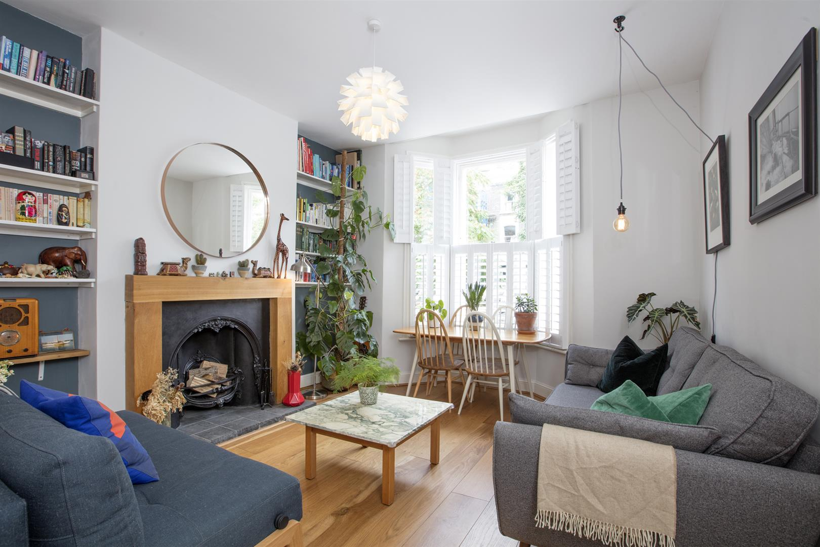 Flat - Conversion Sale Agreed in Vicarage Grove, Camberwell, SE5 644 view2