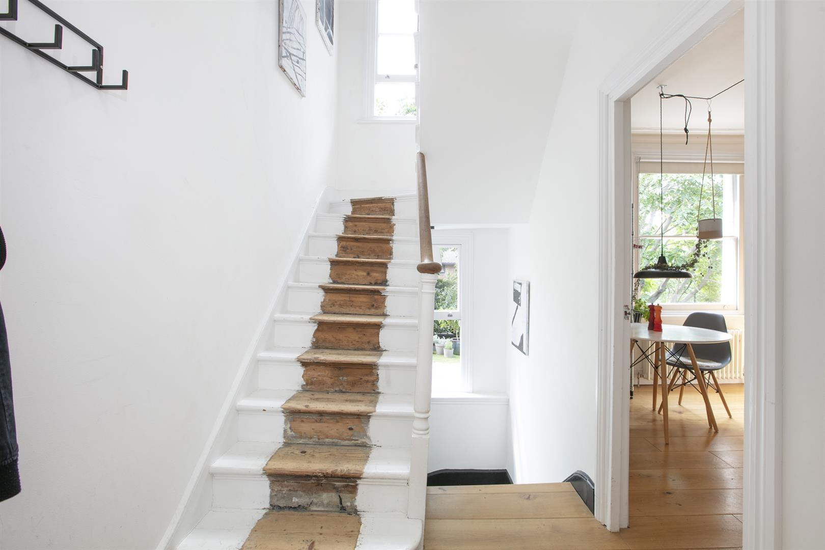 Flat - Conversion Sale Agreed in Vicarage Grove, Camberwell, SE5 680 view6