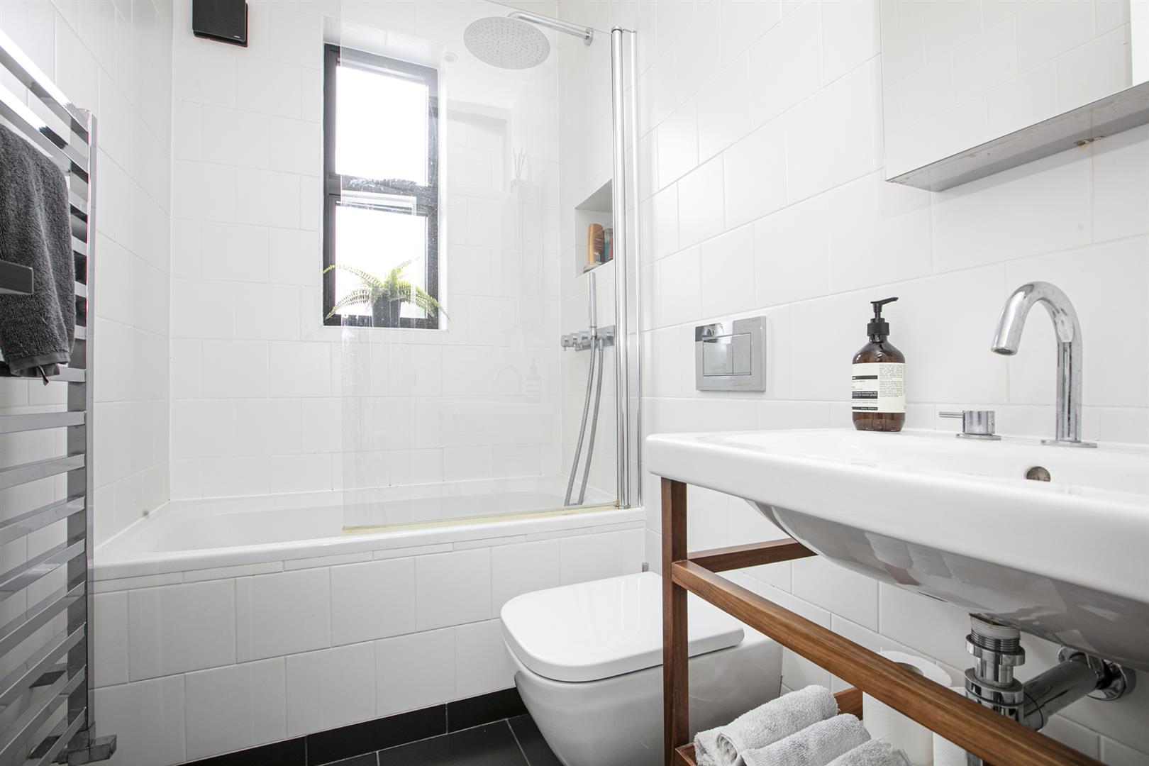 Flat - Conversion For Sale in Vicarage Grove, Camberwell, SE5 772 view12