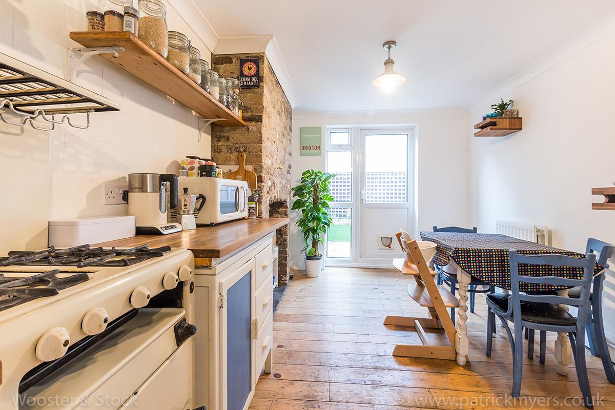 House - Terraced For Sale in Wells Way, Camberwell, SE5 409 view8