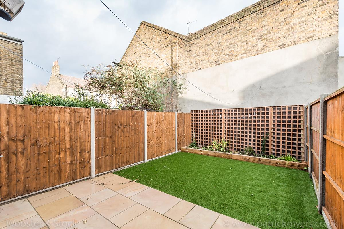 House - Terraced For Sale in Wells Way, Camberwell, SE5 409 view16
