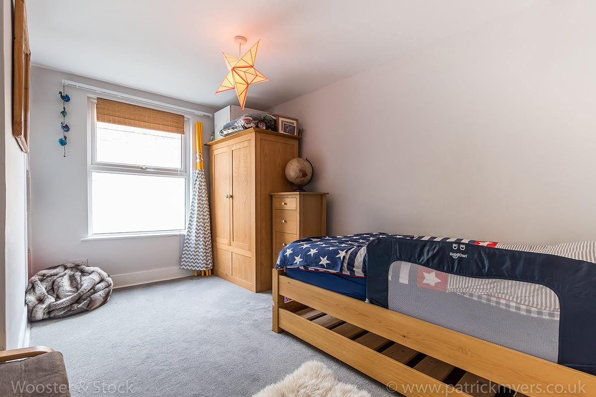 House - Terraced For Sale in Wells Way, Camberwell, SE5 409 view15
