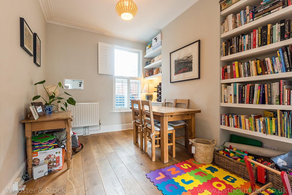House - Terraced For Sale in Wells Way, Camberwell, SE5 409 view3