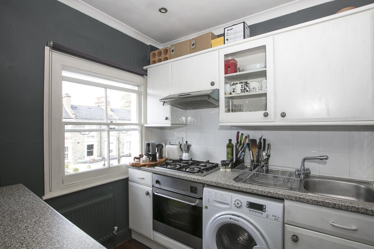 Flat - Conversion Sold in Wilson Road, Camberwell, SE5 323 view5