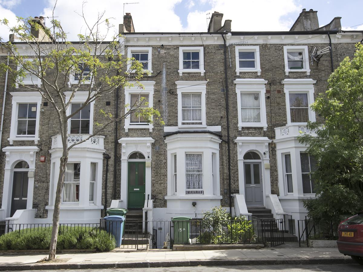Flat - Conversion Sold in Wilson Road, Camberwell, SE5 323 view1