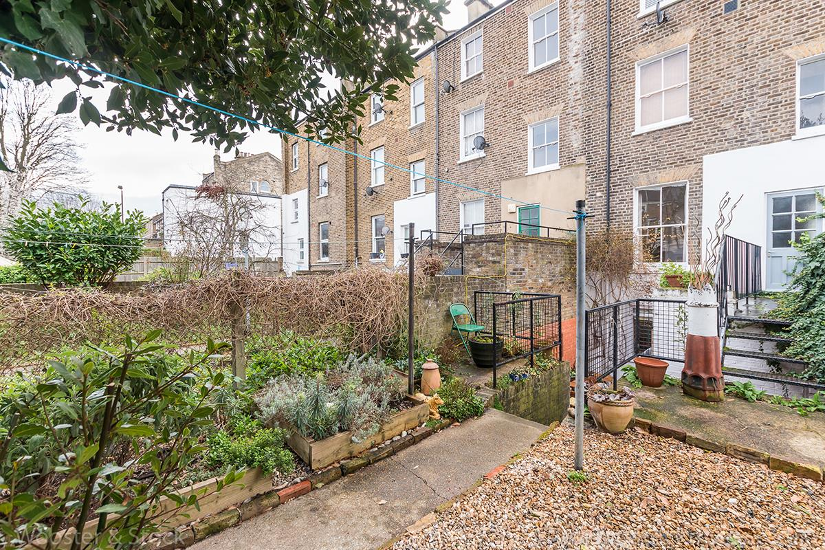 Flat/Apartment Sale Agreed in Wilson Road, Camberwell, SE5 425 view6