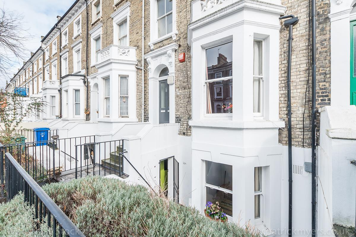 Flat/Apartment Sale Agreed in Wilson Road, Camberwell, SE5 425 view8