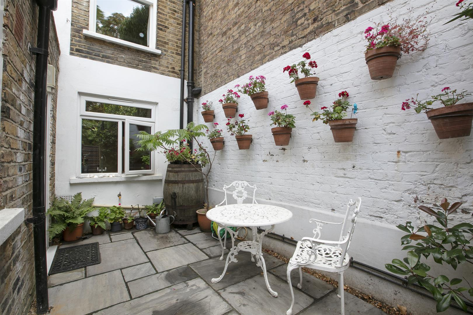 Flat/Apartment Sold in Wilson Road, Camberwell, SE5 674 view22