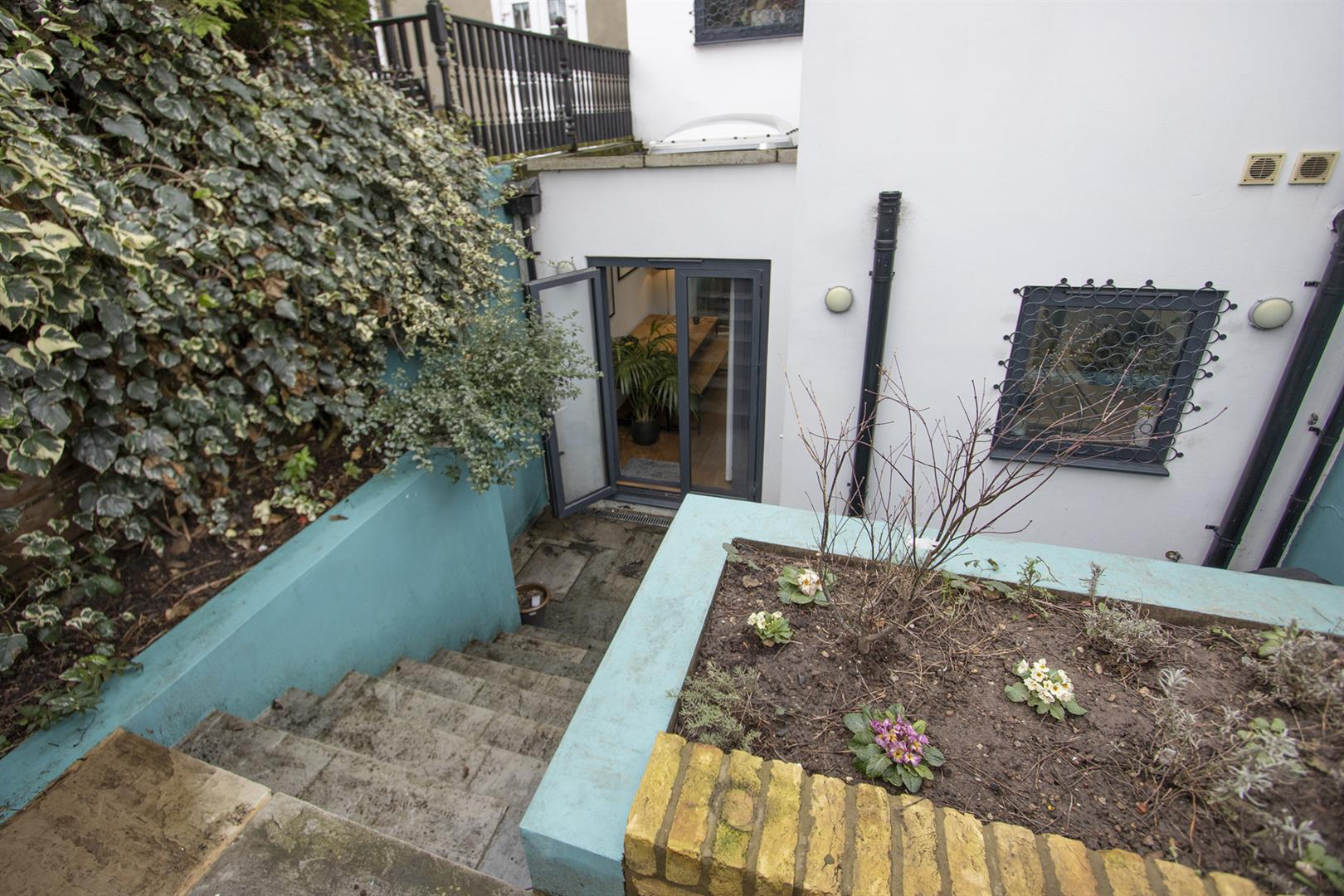 Flat - Conversion For Sale in Wilson Road, Camberwell, SE5 769 view18
