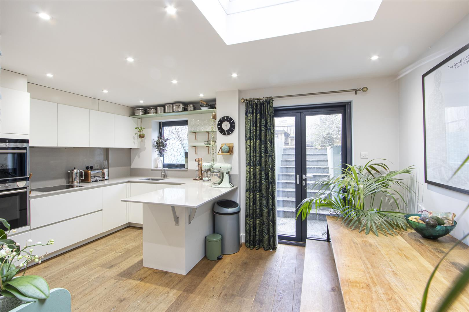 Flat - Conversion For Sale in Wilson Road, Camberwell, SE5 769 view2
