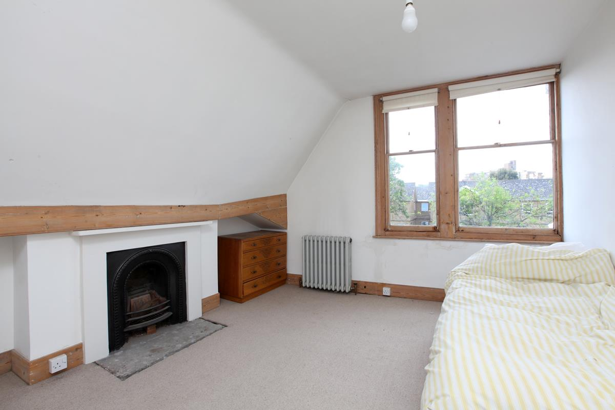 House - Semi-Detached Sold in Wood Vale, Forest Hill, SE23 53 view10