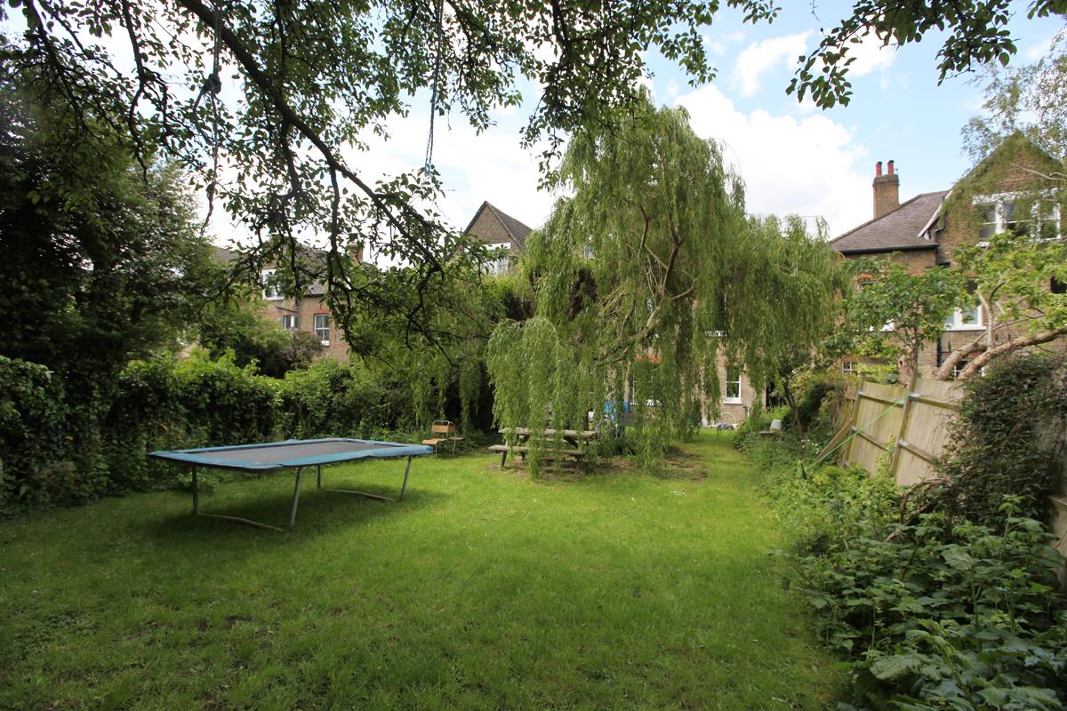 House - Semi-Detached Sold in Wood Vale, Forest Hill, SE23 53 view7