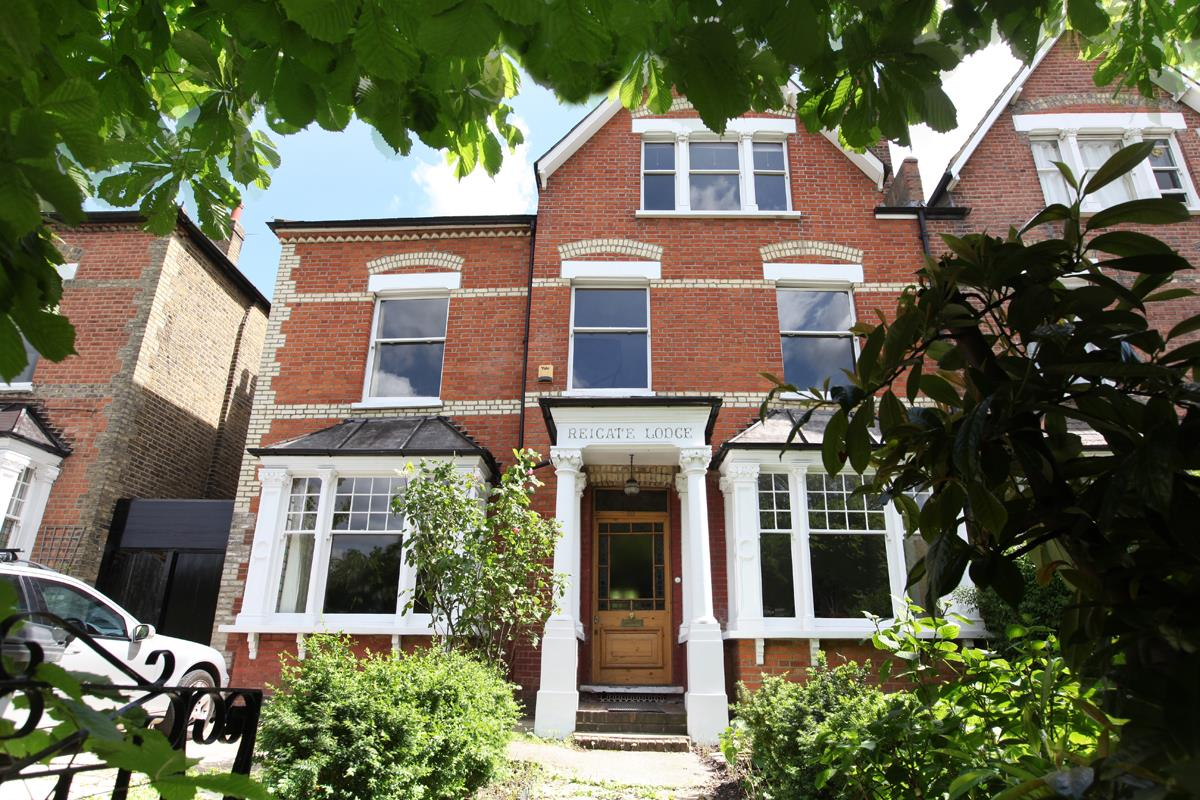 House - Semi-Detached Sold in Wood Vale, Forest Hill, SE23 53 view1