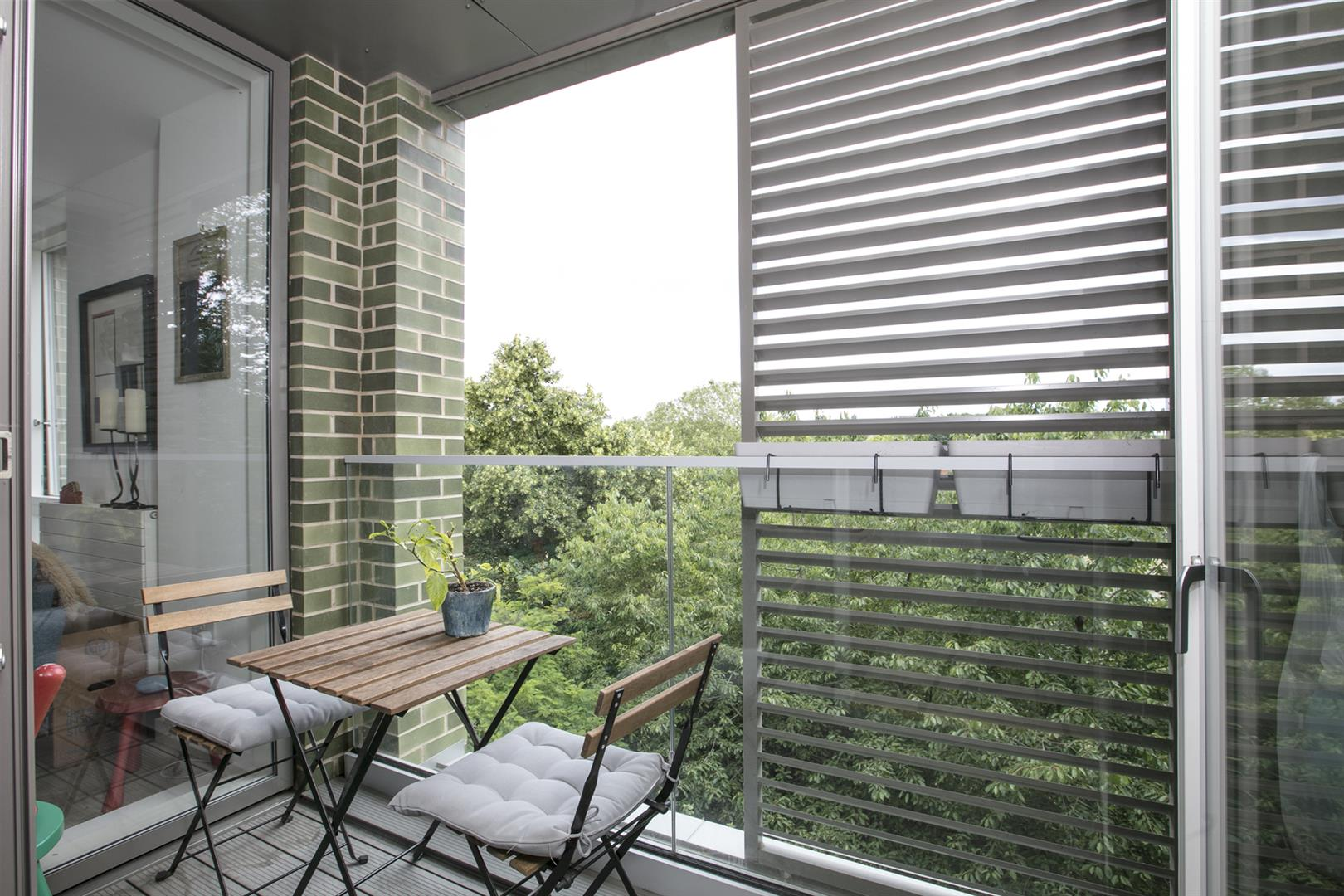 Flat - Purpose Built For Sale in Woods Road, Peckham, SE15 619 view2