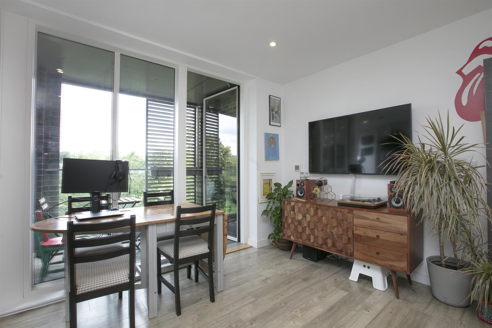 Flat - Purpose Built For Sale in Woods Road, Peckham, SE15 619 view12