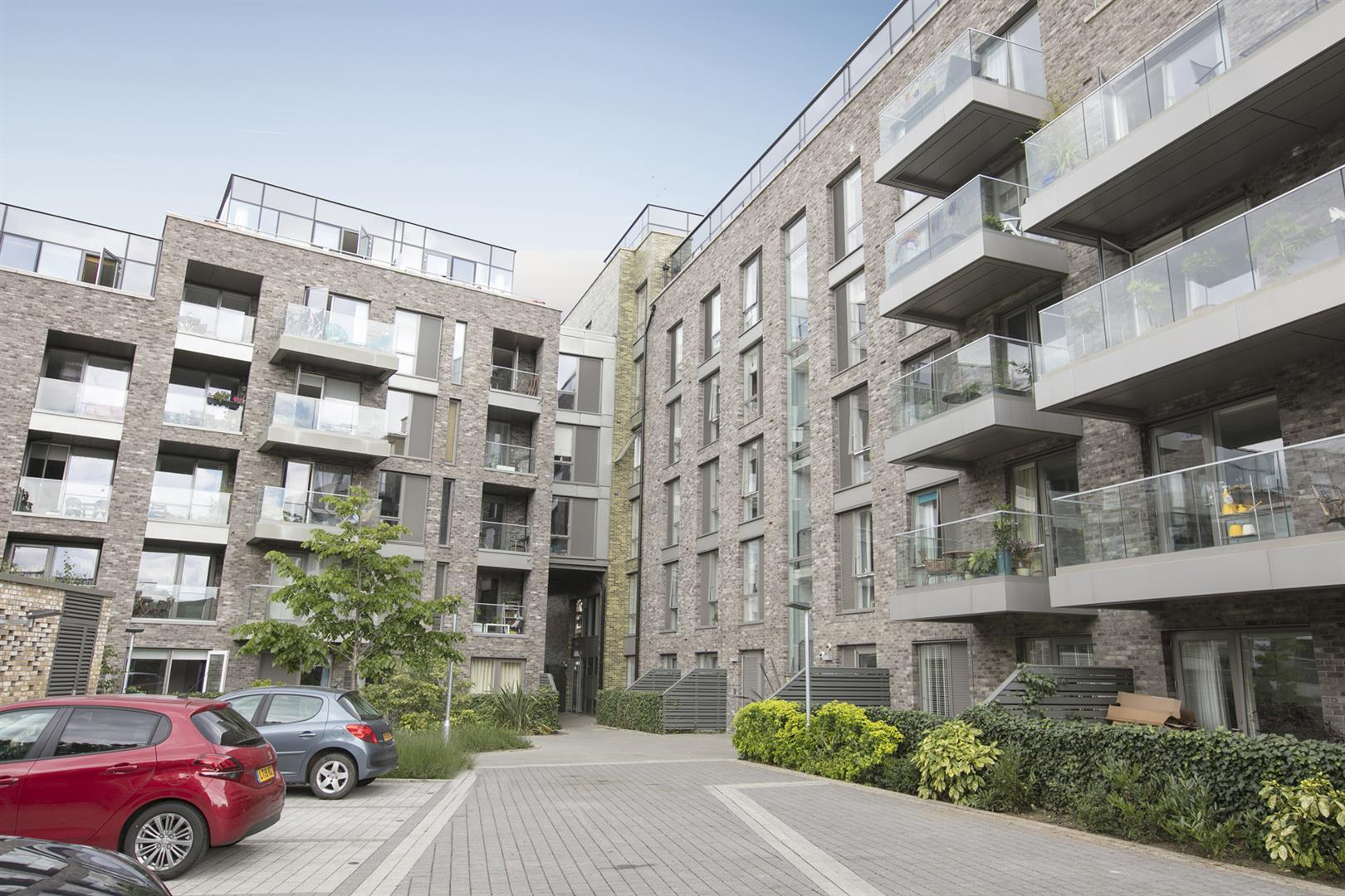 Flat - Purpose Built For Sale in Woods Road, Peckham, SE15 619 view6